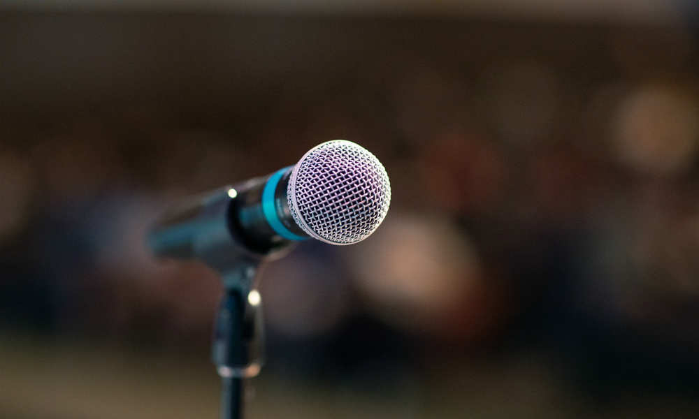 Affrontare la paura di parlare in pubblico: come imparare a farlo