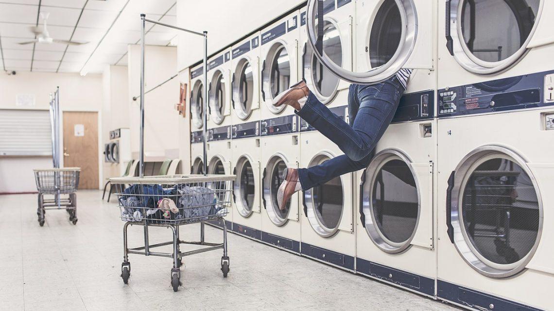 Come funziona una lavanderia automatica